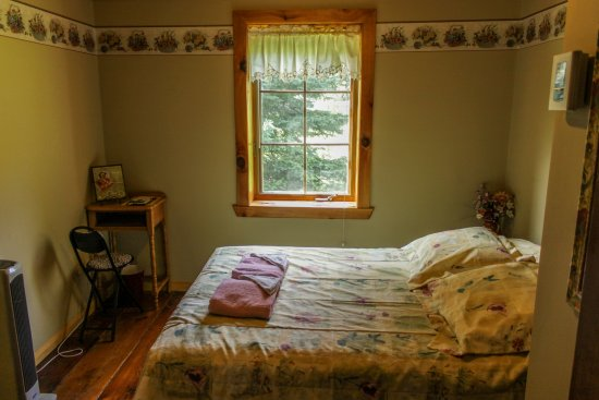 au tournenvert petite chambre pour deux personnes pavillon daccueil du tournenvert