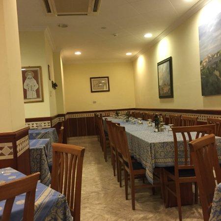 Restaurant Et Bar La Rocca Cuisine Familiale Ombrienne De Qualite