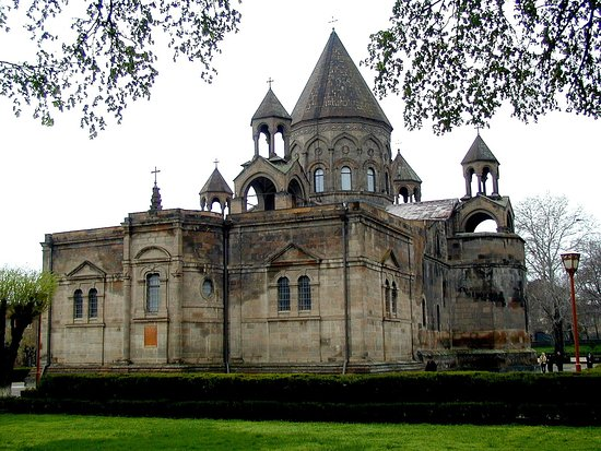 Vagarshapat, Armenia: Центральный кафедральный Собор, Вагаршапат
