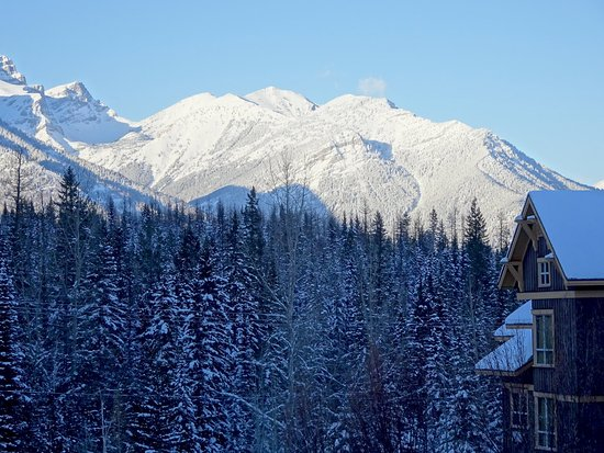 Timberline Lodges by Fernie Lodging Company : Fernie Lodging-spectacular views