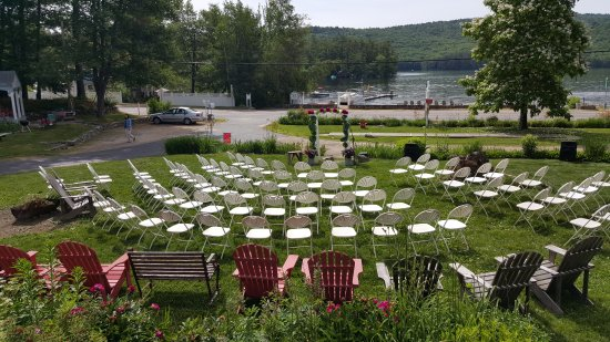Cottage Place on Squam Lake: Host your family celebrations here!