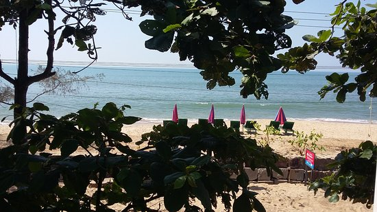 View from Chenai Beach Resort of Cherai Beach