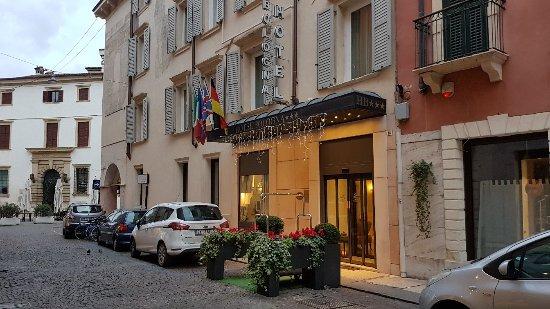 Hotel Bologna: 20180113_081340_large.jpg