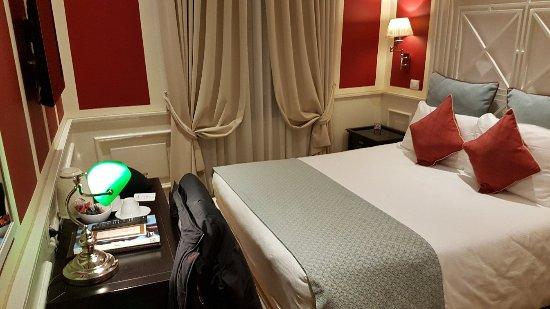 Hotel Bologna: 20180112_234735_large.jpg