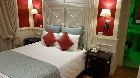 Hotel Bologna: 20180112_234742_large.jpg