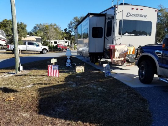 Cedar Key RV Resort: The other side of the site