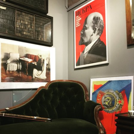 "Bakewell, UK: Original Vintage USSR propaganda posters ""Lenin"""