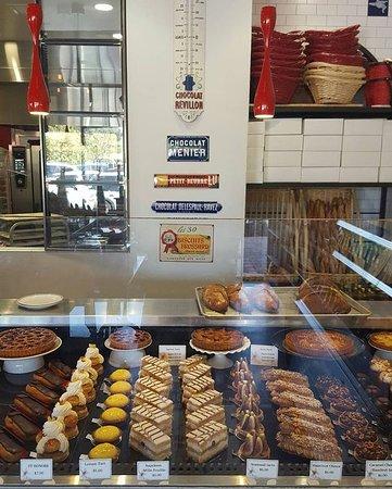 Moulin Bistro Epicerie Cafe Newport Beach