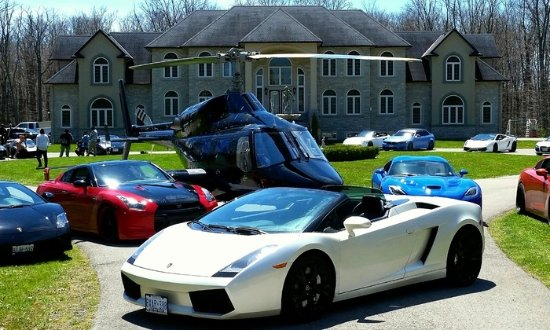 Oakville, Canada: Ready for a Drive!