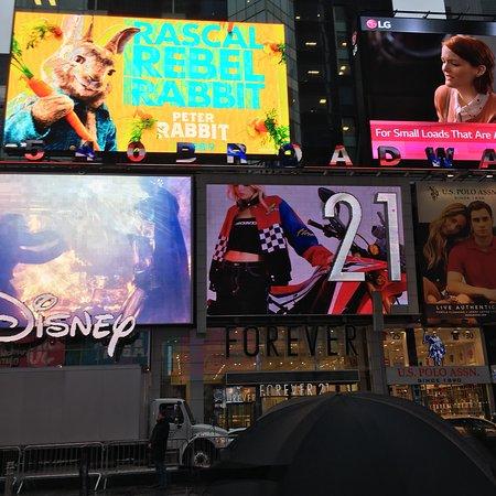 Crowne Plaza Times Square Manhattan: photo1.jpg