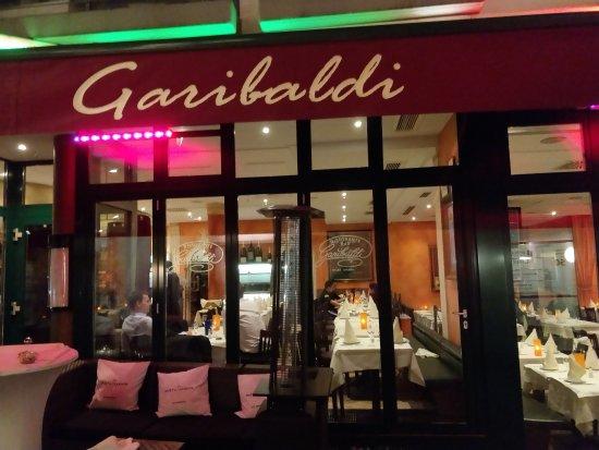 Facade and entrance - Bild von Garibaldi, Frankfurt am Main ...
