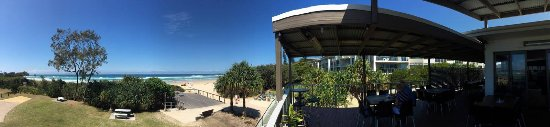 Cabarita Beach, Australien: Balcony seating with a spectacular view.
