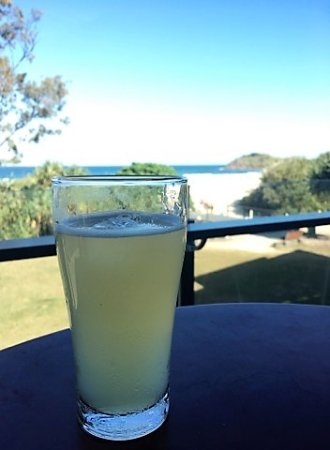 Cabarita Beach, Australien: We now have cider on tap! James Squire's Orchard Crush Apple.