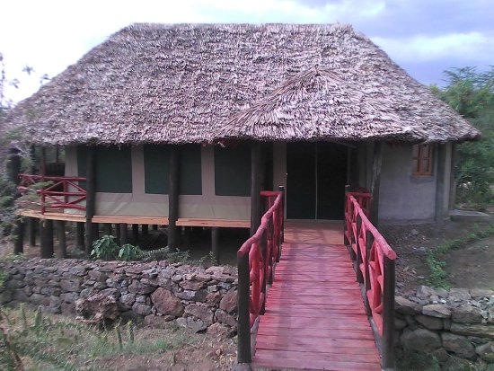 Gilgil, Kenya: tented cottage for a family of 4 with excellent view of the lake