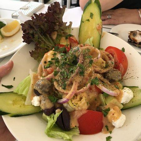Omeros Bros Seafood Restaurant: photo1.jpg