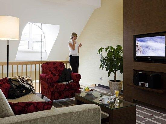 Mercure Hotel Duesseldorf City Center: Guest room