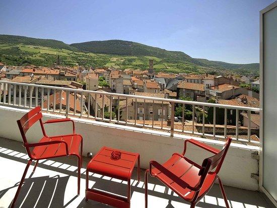 mercure millau hotel france voir les tarifs 257 avis et 146 photos. Black Bedroom Furniture Sets. Home Design Ideas