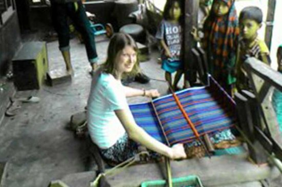 Lombok Hijau Tours: A guest learned how to weave