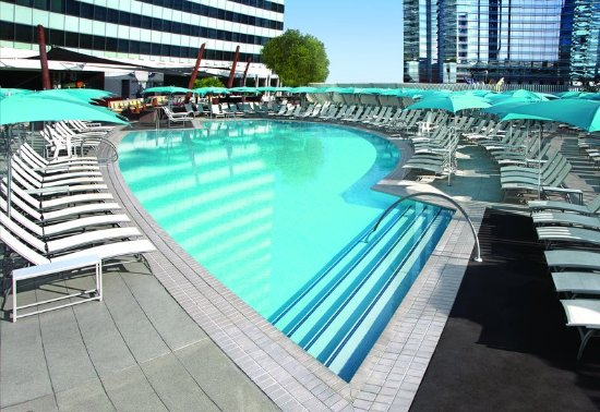 Vdara hotel spa 109 1 5 8 updated 2018 prices for Pool show las vegas 2018