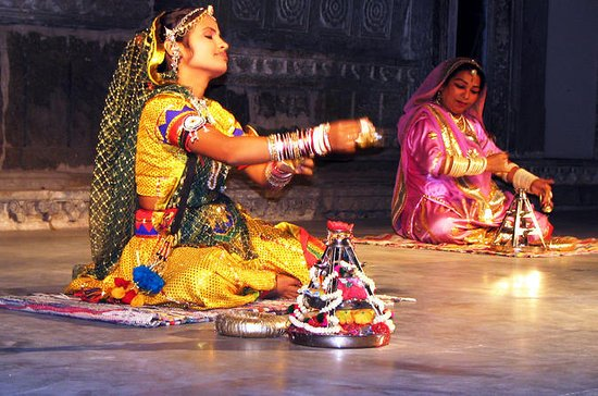 Bagore Ki Haveli Evening Dance ...