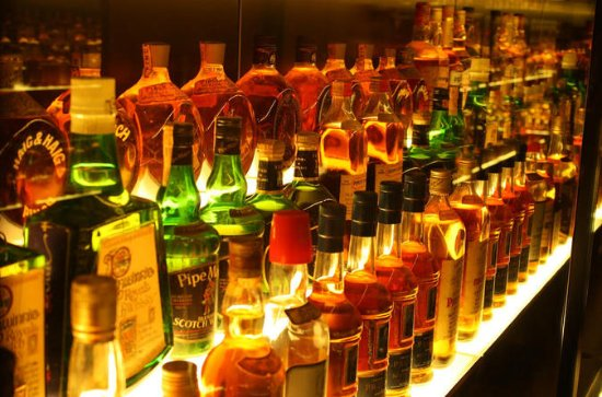 A Scottish Whisky Experience: Edinburgh with a Local