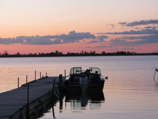 Rainy River, Canada: Awesome Sunsets