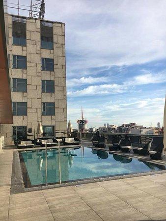 piscina sul terrazzo - Picture of Catalonia Barcelona Plaza ...