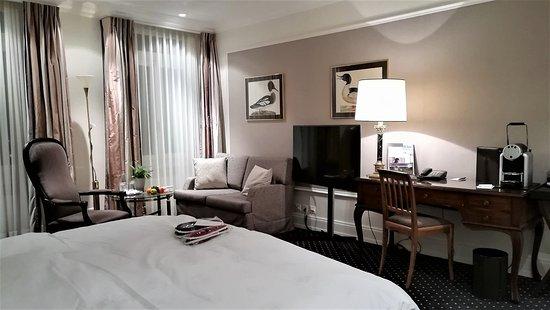 โรงแรม วิคตอเรีย ยุงเฟรา แกรนด์ แอนด์ สปา: our room
