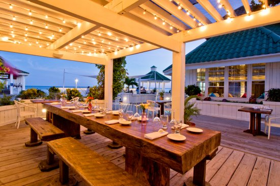 Pier 366 Seafood House : Chef's Table: This communal table under the pergola seats a dozen!