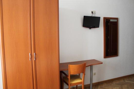 hostal luis xv prices hostel reviews madrid spain tripadvisor rh tripadvisor com