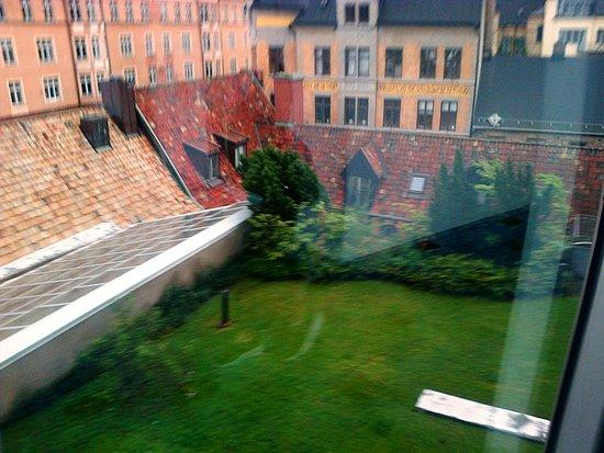 Radisson Blu Hotel, Malmo: Panorama sui tetti dal 5^ piano