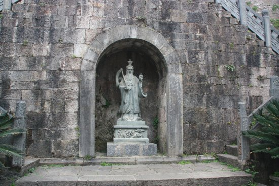 Qinglong Cave Ancient Architecture Group : Le seigneur du fleuve