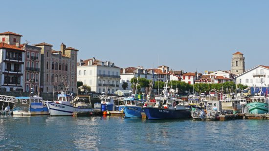Port de Saint-jean-de-Luz.