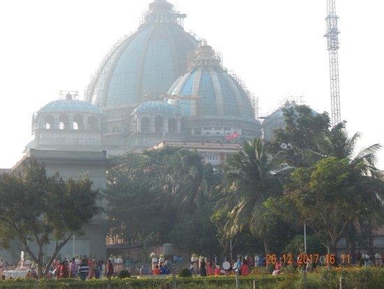 Sri Mayapur Chandrodaya Mandir, ISKCON: New temple under construction at Iskon Mayapur
