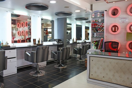 Neomis Hair and Beauty Salon