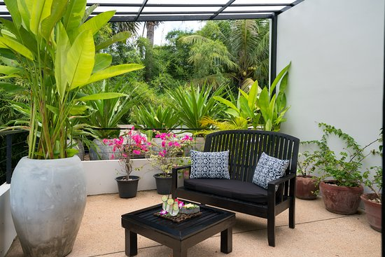 Sojourn Boutique Villas: Terrace Room Outdoor Rooftop Gardens. A garden with a garden view!