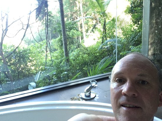 Crystal Creek Rainforest Retreat: Me in the spa!
