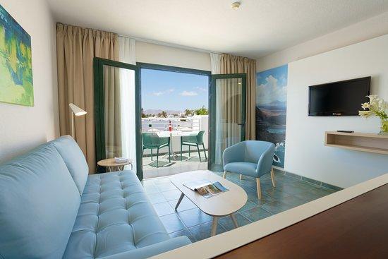 Salon balcon view relaxia lanzaplaya