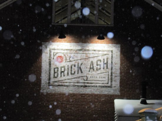 Newburyport, MA: sign fuzzy as it was snowing that night