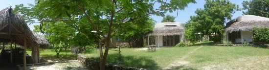 Double bungalows & family bungalow- Baobibo, Ibo