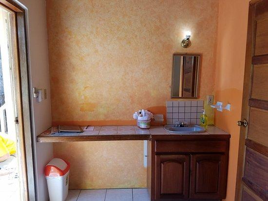 Hotel del Rio: Casa Blanca # 4 Bathroom Sink