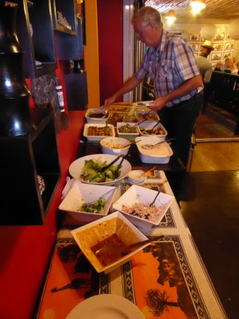 Mzansi: Great food on the buffet.