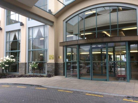 Millennium Hotel Queenstown: Great Hotel Entrance