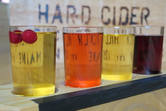 Greene, ME: Mainiac Hard Cider flight