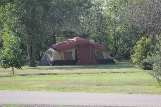 Epping, ND: Tent Camping
