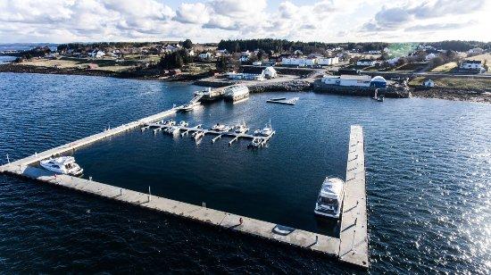 Sistranda, Noruega: Byggetrinn 1 av Rabben Marina