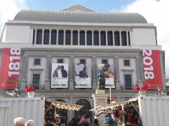 Teatro Real : la facciata posteriore