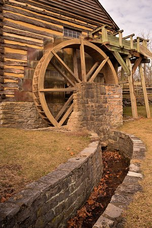 Raphine, VA: The Grist Mill