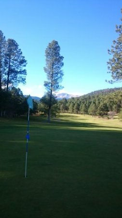 Mescalero, Nuevo Mexico: View From Green back to Tee
