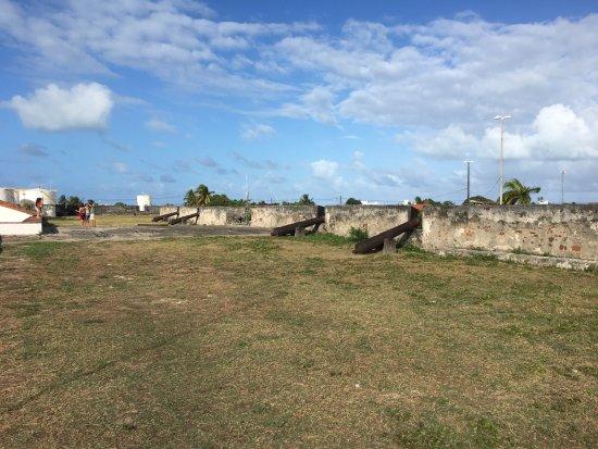 Santa Catarina Fort: mais canhões